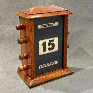 Edwardian Oak Framed Perpetual Desk Calendar