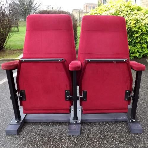 Pair of Vintage Premium Cinema Seats Freestanding on Bespoke Base image-2