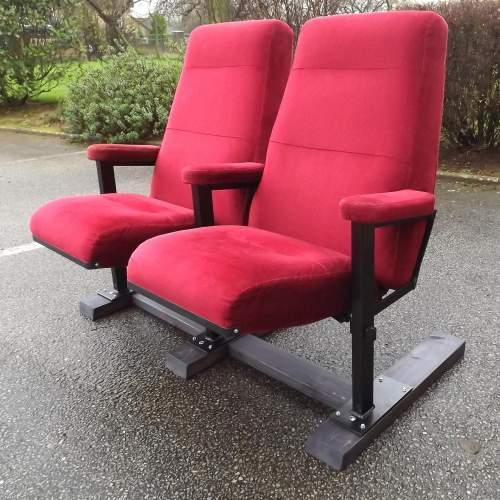 Pair of Vintage Premium Cinema Seats Freestanding on Bespoke Base image-3