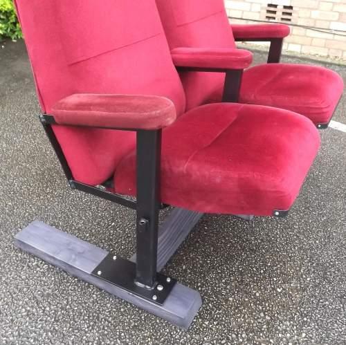 Pair of Vintage Premium Cinema Seats Freestanding on Bespoke Base image-5