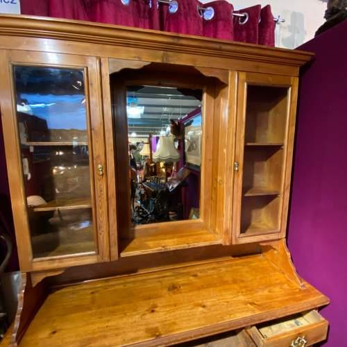 Late 19th Century Pine Dresser image-2