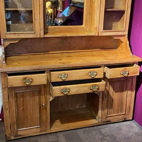 Late 19th Century Pine Dresser image-3
