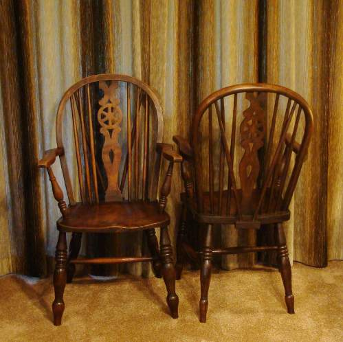A Pair of  Victorian Windsor Chairs image-2