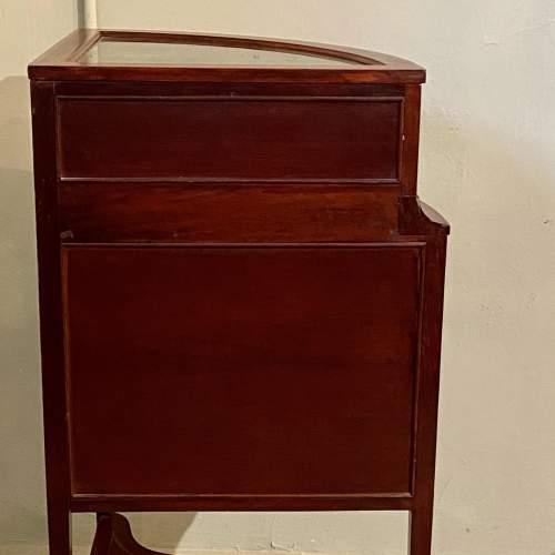 19th Century Inlaid Mahogany Corner Bijouterie Cabinet image-5