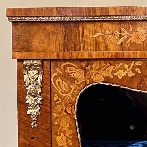 Victorian Burr Walnut Pier Cabinet image-4