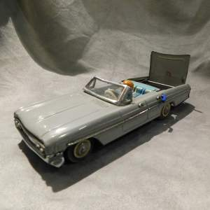 Tinplate 1960s Japanese Converitble Car with Fold Away Roof
