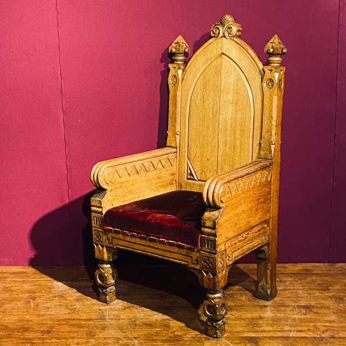 Gothic Revival Oak Kings Chair image-1