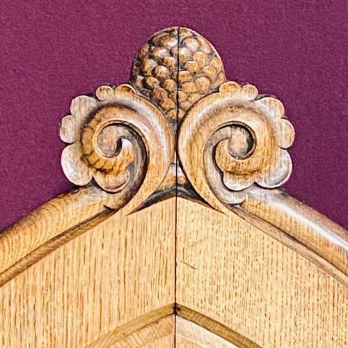 Gothic Revival Oak Kings Chair image-6