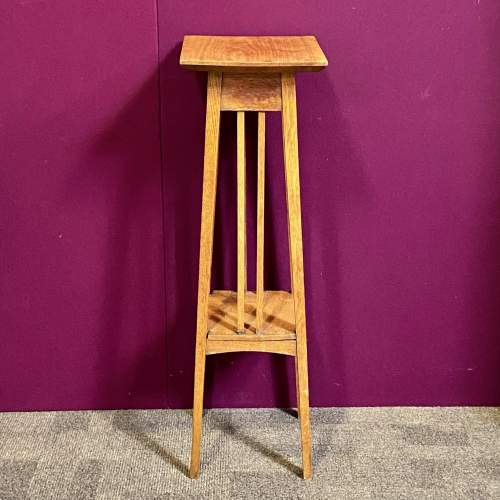 Arts and Crafts Early 20th Century Golden Oak Plant Stand image-2