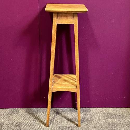 Arts and Crafts Early 20th Century Golden Oak Plant Stand image-3