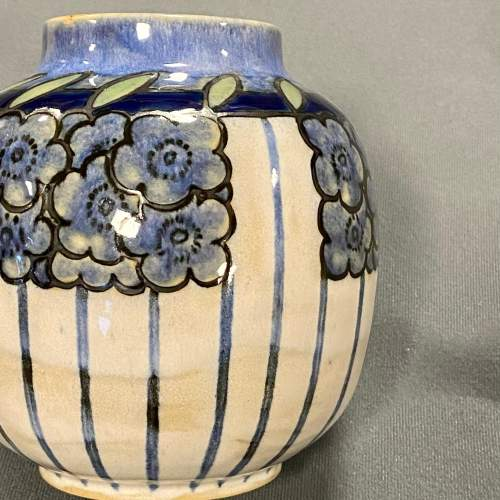 Early 20th Century Royal Doulton Vase image-4
