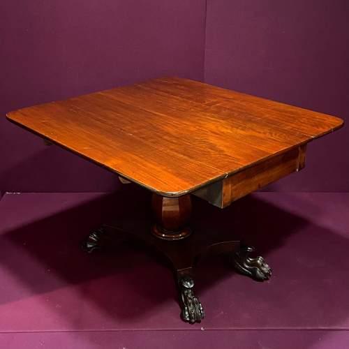 19th Century Mahogany Drop Leaf Breakfast Table image-1