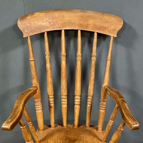 Vintage Elm Windsor Chair image-2