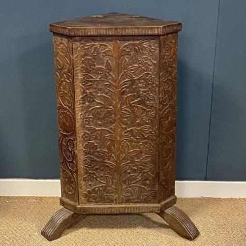 19th Century Carved  Oak Corner Stand image-1
