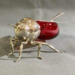 Early 20th Century Mappin and Webb Honey Bee Pot