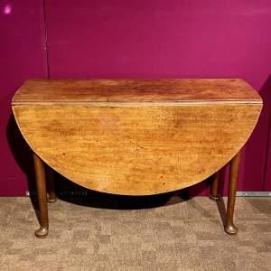 18th Century Mahogany Drop Leaf Table