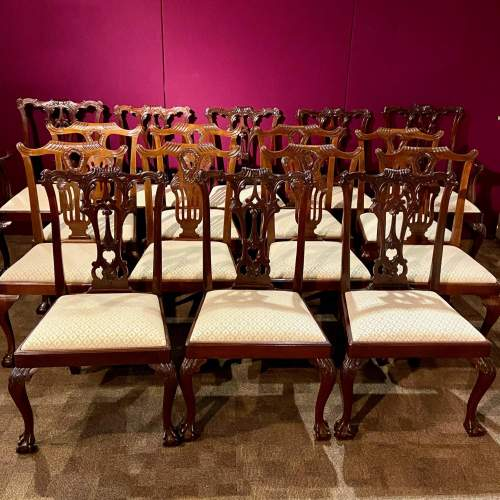 Harlequin Set of Sixteen Chippendale Style Mahogany Dining Chairs image-1