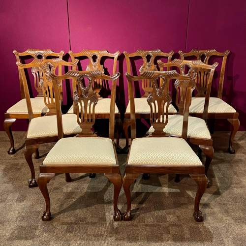 Harlequin Set of Sixteen Chippendale Style Mahogany Dining Chairs image-5