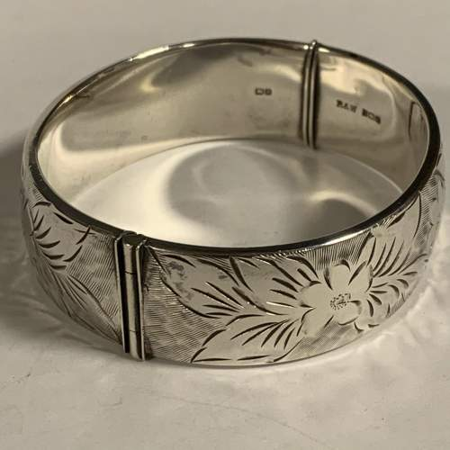 Vintage Silver Bangle image-6