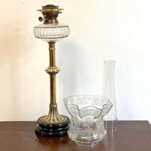 Victorian Brass Column Oil Lamp image-6