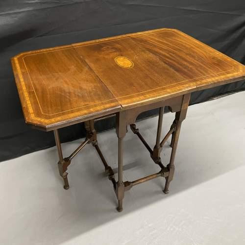 A Small Edwardian Mahogany Sutherland Table With Inlay image-1