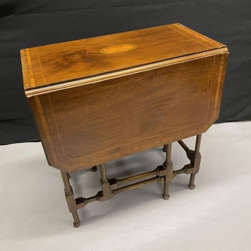 A Small Edwardian Mahogany Sutherland Table With Inlay image-2