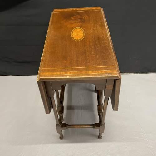 A Small Edwardian Mahogany Sutherland Table With Inlay image-3