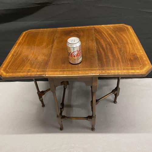 A Small Edwardian Mahogany Sutherland Table With Inlay image-5