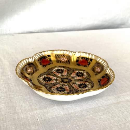 Royal Crown Derby Imari Five Petal Dish image-3