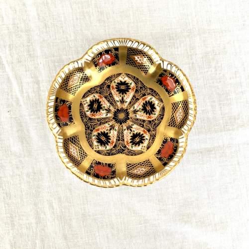 Royal Crown Derby Imari Five Petal Dish image-4