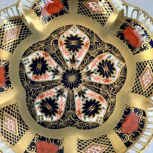 Royal Crown Derby Imari Five Petal Dish image-5