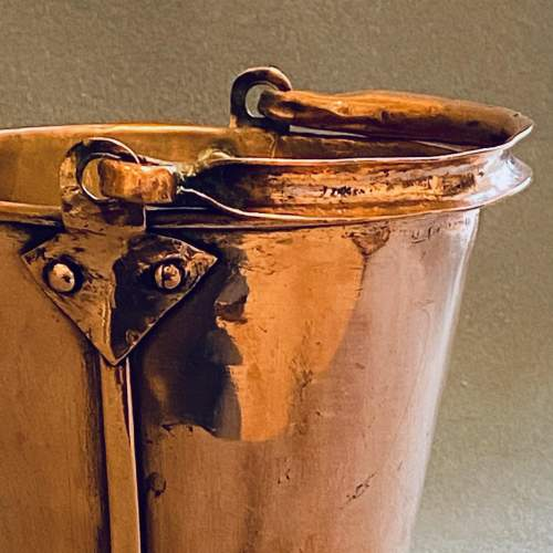 Early 20th Century Small Copper Bucket image-6