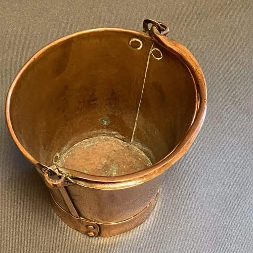 Early 20th Century Small Copper Bucket image-5