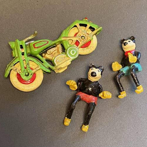 Vintage American Mickey and Minnie Mouse on a Motorcycle image-3