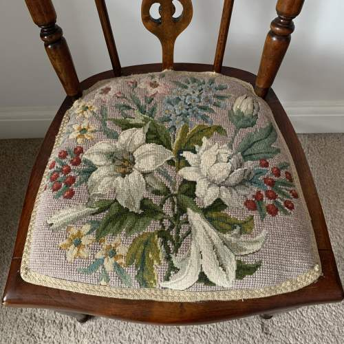 Rosewood Embroidered Seat Side Chair image-2