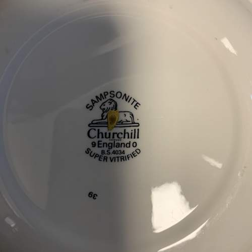 Churchill Sampsonite 44 Piece Dinner Service image-6