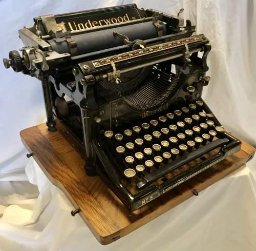 Underwood Model No 5 Typewriter Made in America 1916 S-No 8784070 image-1