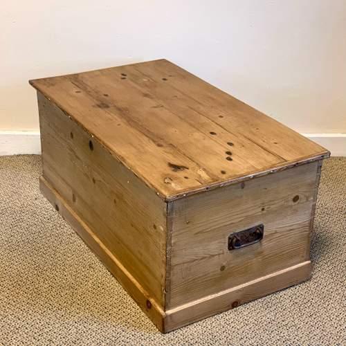 Large Victorian Pine Blanket Box image-3