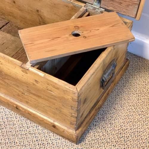 Low Victorian Pine Blanket Box image-3