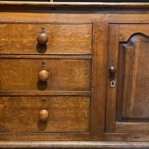 Late 18th Century English Oak Dresser image-4