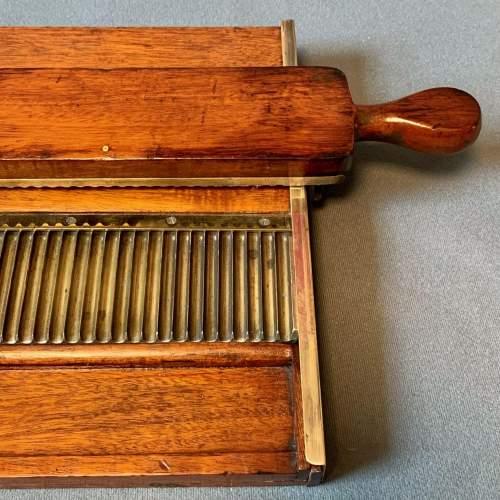 Victorian Pill Tray image-3
