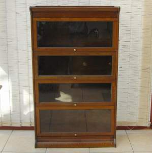 Globe Wernicke Style Four Tier Oak Bookcase