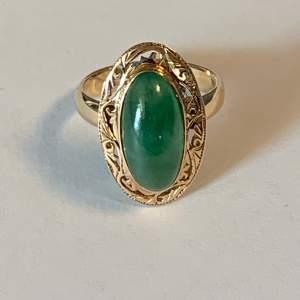 14ct Gold Fancy Jade Ring