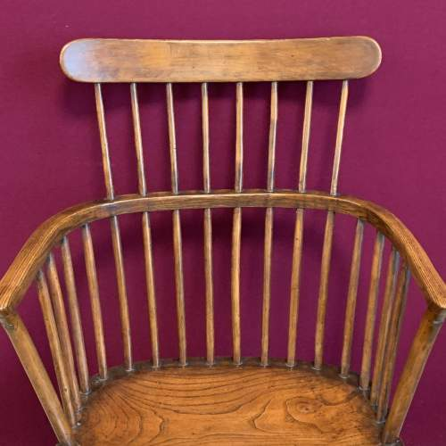Harlequin Set of Five Victorian Windsor Comb Back Chairs image-5