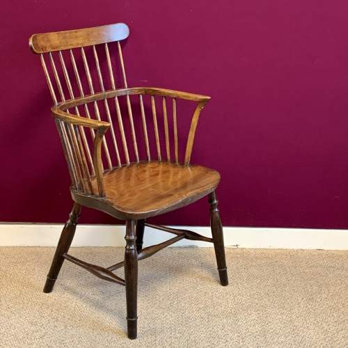 Harlequin Set of Five Victorian Windsor Comb Back Chairs image-4