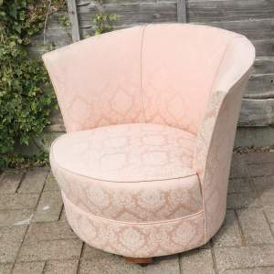 Early 20th Century Stylish Curved Boudoir Chair