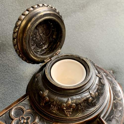 Quality 19th Century Bronze Desk Stand image-4