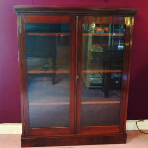 Edwardian Mahogany Double Door Glazed Bookcase