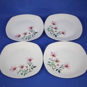 4 Midwinter Stylecraft Fashion Shape Sharon Tea Salad Plates
