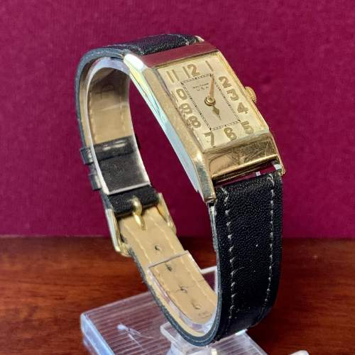 9ct Gold Waltham Wristwatch image-1